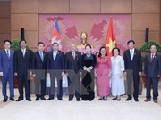 La présidente de l'AN Nguyên Thi Kim Ngân s'engage à renforcer la coopération Vietnam-Cambodge