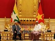 Entretien entre le secrétaire général Nguyen Phu Trong et le président du Myanmar Htin Kyaw
