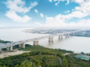 Hanoï va construire 14 nouveaux ponts sur le fleuve Rouge et la rivière Duong