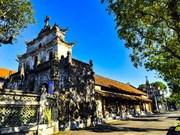 Admirez la beauté unique de la cathédrale de Phat Diêm