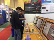 Ouverture des expositions de produits industriels et de bois à Hanoï et HCM-Ville