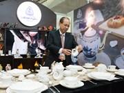 Des céramiques de Minh Long 1 exposées à la Semaine des dirigeants économiques de l'APEC