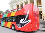 Ouverture des lignes de bus à deux étages pour les touristes à Hanoï