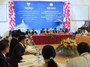 Kon Tum et les localités laotiennes coopèrent pour construire une frontière commune