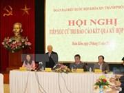 Le leader du PCV Nguyen Phu Trong à l'écoute des électeurs hanoïens