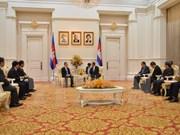 Le Premier ministre cambodgien apprécie l'assistance du Vietnam