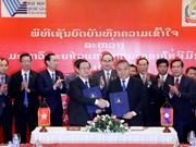 Renforcer la coopération entre l'Université nationale de HCM-V et l'Université nationale du Laos