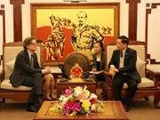 La Suède s'intéresse au secteur des transports et des communications au Vietnam