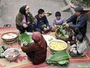Le banh chung - une belle manière de maintenir la coutume traditionnelle