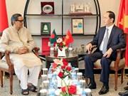 Le président Trân Dai Quang rencontre des dirigeants bangladais