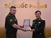 Une délégation d'experts militaires russes au Vietnam