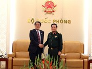 Renforcement de la coopération dans la défense entre le Vietnam et des pays