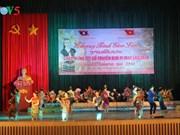 Célébration de la fête Bunpimay pour les élèves et étudiants laotiens à Son La