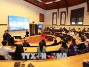 La vice-présidente Dang Thi Ngoc Thinh visite l'Université RMIT en Australie