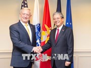 Des officiels américains apprécient le développement des relations avec le Vietnam