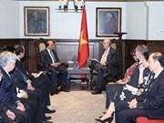 Le PM rencontre l'ancien Premier ministre canadien et le secrétaire général de l'OECD