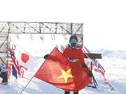 Elle devient la première Vietnamienne à courir le marathon du pôle Nord
