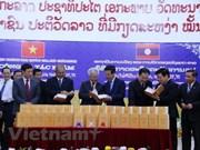 """Plus de volumes des """"Oeuvres complètes du Président Ho Chi Minh"""" traduites en laotien"""