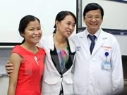 Premières transplantations rénales croisées au Vietnam