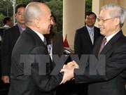 Le Vietnam et le Cambodge se félicitent mutuellement pour les 50 ans des liens