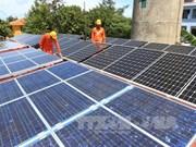 EVN reçoit le système électrique du district insulaire de Truong Sa