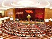 Le 6e Plénum discute de la rénovation de l'appareil du système politique
