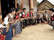 Le ching kram, une innovation musicale des Ede