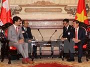Le PM canadien quitte HCM-Ville pour le Sommet de l'APEC à Da Nang