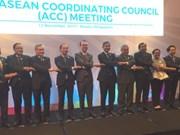 Les ministres discutent des derniers préparatifs pour le 31e Sommet de l'ASEAN