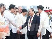 Le PM arrive à Manille pour le 31e Sommet de l'ASEAN