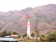 Lao Cai : inauguration du mât du drapeau de Lung Po