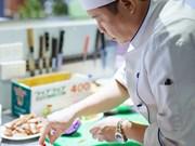 Jack Lee, un chef américain d'origine vietnamienne à table