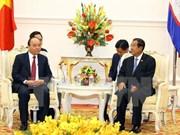 Le Premier ministre rencontre son homologue cambodgien