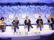 Forum économique mondial de Davos: le Vietnam souligne le développement du marché de services