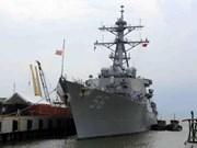 Le porte-avions américain USS Carl Vinson rend visite à Da Nang