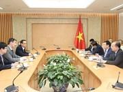 Le gouvernement vietnamien apprécie les idées des économistes