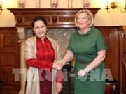 La présidente de l'AN s'entretient avec la présidente du Sénat néerlandais