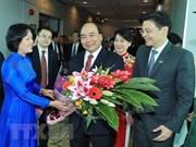 Le PM Nguyên Xuân Phuc entame une visite officielle à Singapour