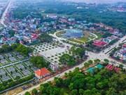 Les touristes à l'assaut des vestiges de la bataille de Diên Biên Phu