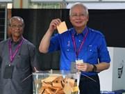 Législatives en Malaisie: le scrutin s'annonce serré