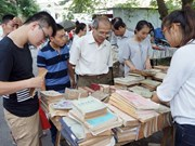 Quand les vieux livres « se réveillent » à Hanoi