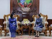 La vice-présidente Dang Thi Ngoc Thinh reçoit le président de l'Association d'amitié Laos-Vietnam