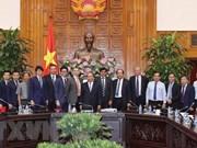 Le PM accueille des investisseurs à Bac Lieu