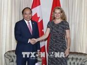 Félicitations à l'occasion des 45 ans des relations Vietnam-Canada