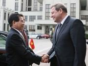 Entrevue entre le président vietnamien et le PM biélorusse