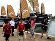 Plus de 11.000 touristes en baie de Ha Long les 1er et 2 janvier