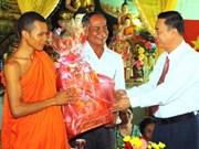 Les Khmers fêtent le Chol Chnam Thmay 2011