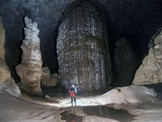 Film scientifique sur la caverne de Son Doong
