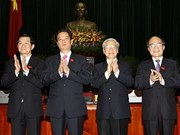 Félicitations aux dirigeants vietnamiens