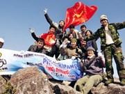 Concours d'alpinisme à la conquête du mont Fansipan